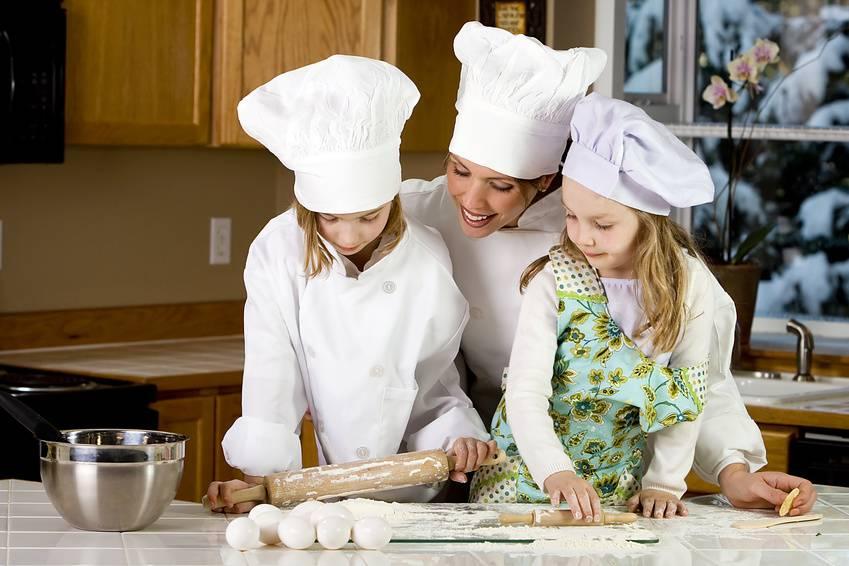 деца готвят