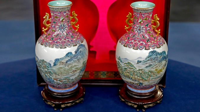 Chinese Republic Period Enamel Vases Antiques Roadshow Pbs