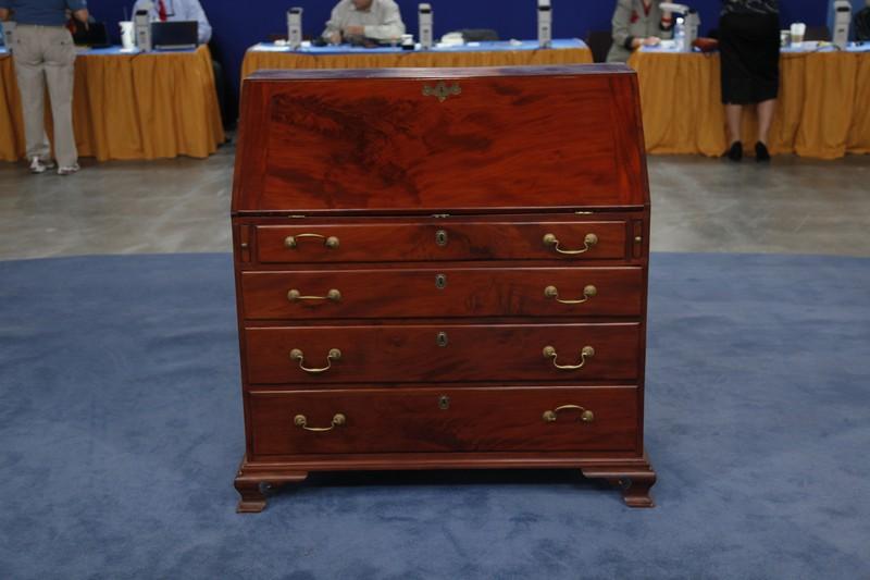1798 Thomas Howard Chippendale Slant-Front Desk | Antiques Roadshow | PBS - 1798 Thomas Howard Chippendale Slant-Front Desk Antiques Roadshow