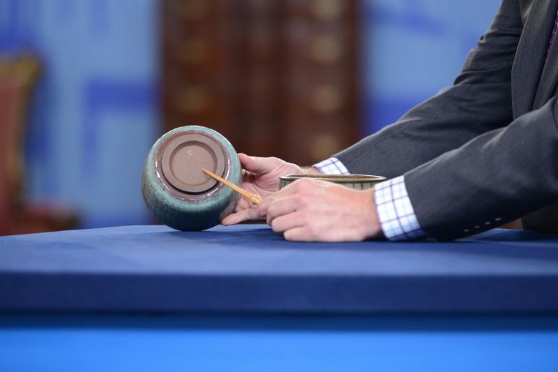 Harrison McIntosh Pottery Bowls | Antiques Roadshow | PBS