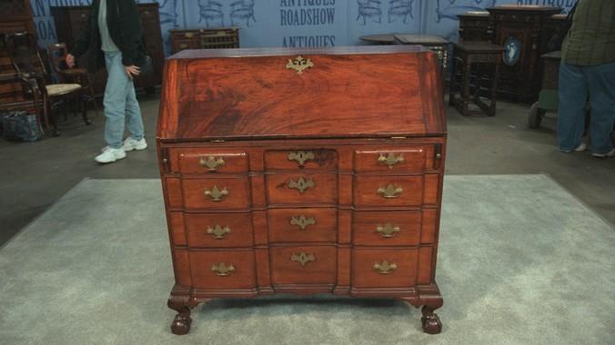 Read Appraisal Transcript - Salem Block-front Desk, Ca. 1760 Antiques Roadshow PBS