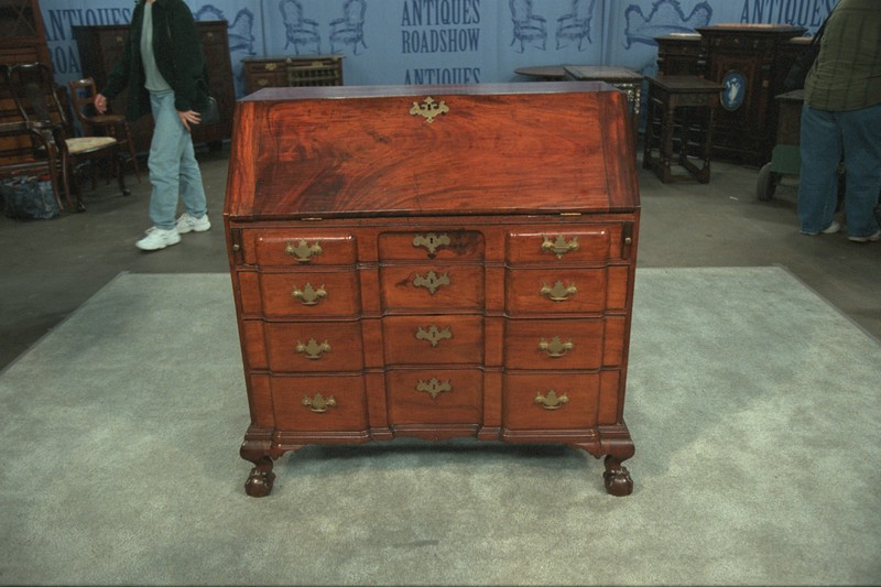 Salem Block-front Desk, ca. 1760 - Appraisals Antiques Roadshow PBS