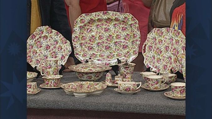 Support ... & Royal Winton Chintz Dinnerware | Antiques Roadshow | PBS