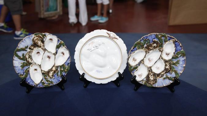 Read Appraisal Transcript & Presidential Oyster Plates ca. 1880 | Antiques Roadshow | PBS