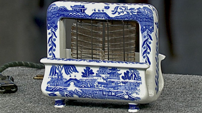 Blue Willow Patterned Toaster | Antiques Roadshow | PBS