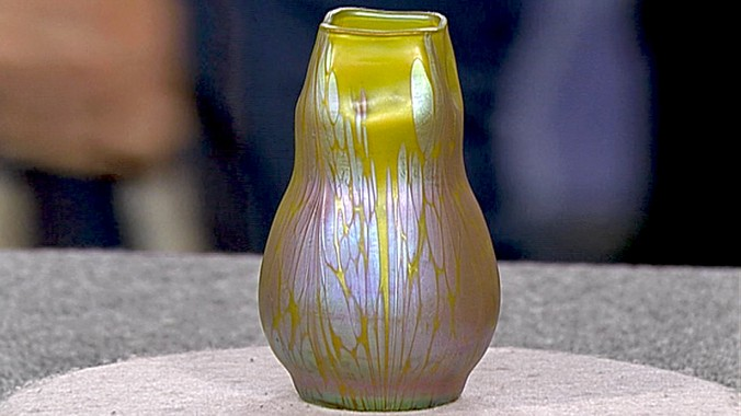 Loetz Vase Ca 1900 Antiques Roadshow Pbs