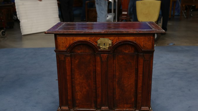 Read Appraisal Transcript - English Architect's Desk, Ca. 1730 Antiques Roadshow PBS