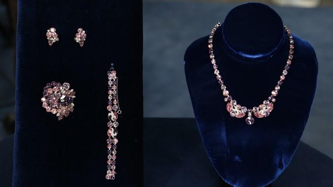 Eisenberg ice jewelry suite ca 1950 antiques roadshow for Jewelry appraisal omaha ne