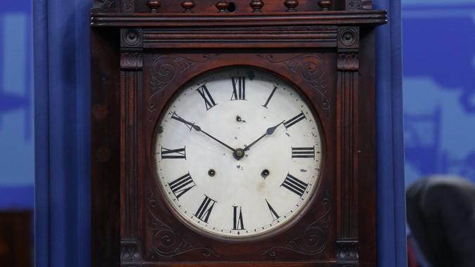 Seth Thomas Wall Clock Ca 1890 Antiques Roadshow Pbs