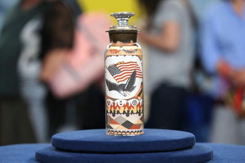 1880 Andrew Clemens Sand Art Bottle | Antiques Roadshow | PBS