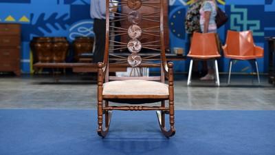 American Oak Rocking Chair, ca. 1890 - Appraisals Antiques Roadshow PBS