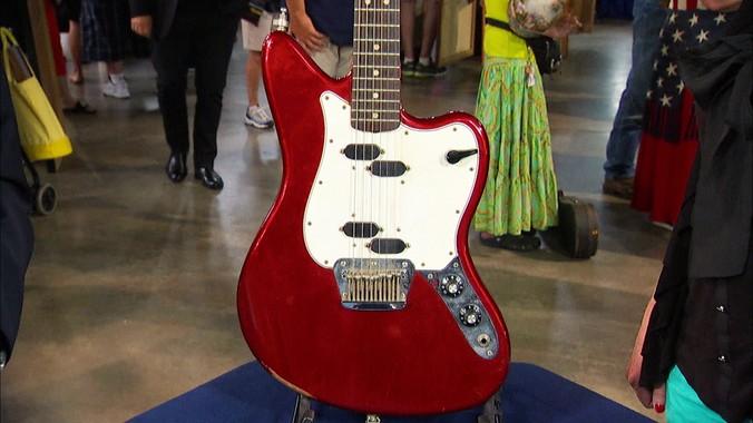 fender electric xii guitar antiques roadshow pbs. Black Bedroom Furniture Sets. Home Design Ideas