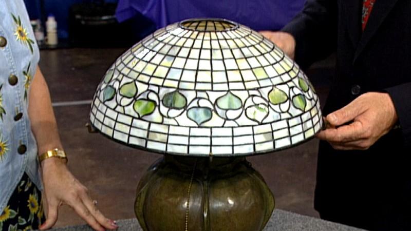 Tiffany lamp ca 1904