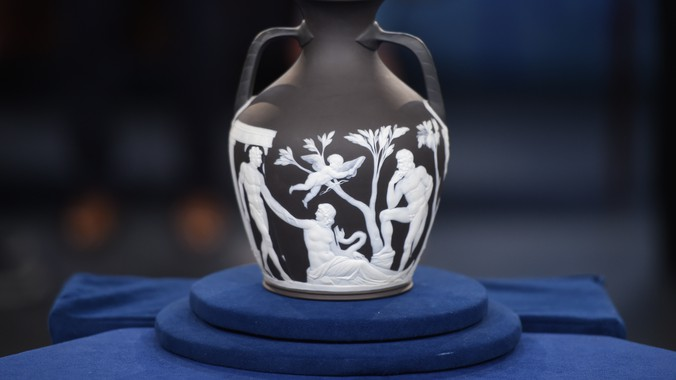 Wedgwood Black Jasper Portland Vase Antiques Roadshow Pbs