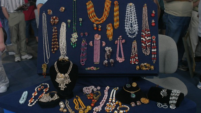 Miriam haskell jewelry ca 1950 antiques roadshow pbs for Jewelry appraisal omaha ne