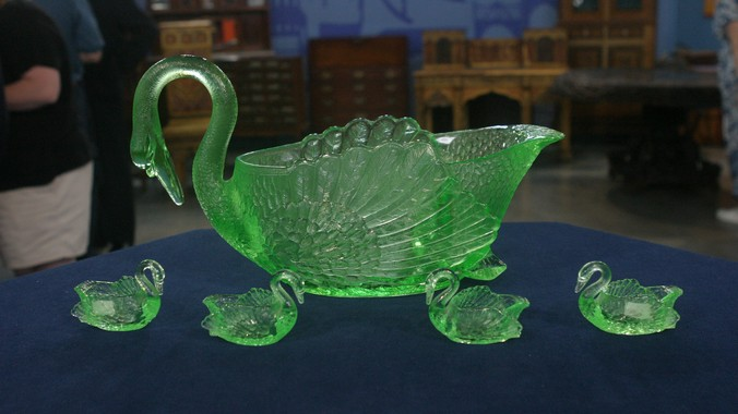 cambridge glass company swans punch set ca 1930 - Cambridge Glass