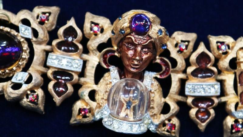 Har genie bracelet brooch ca 1959 antiques roadshow for Jewelry appraisal omaha ne