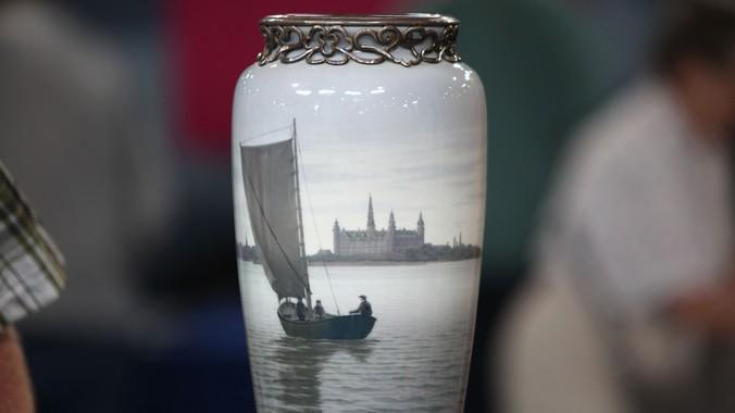 Royal Copenhagen Vase Ca 1920 Antiques Roadshow Pbs