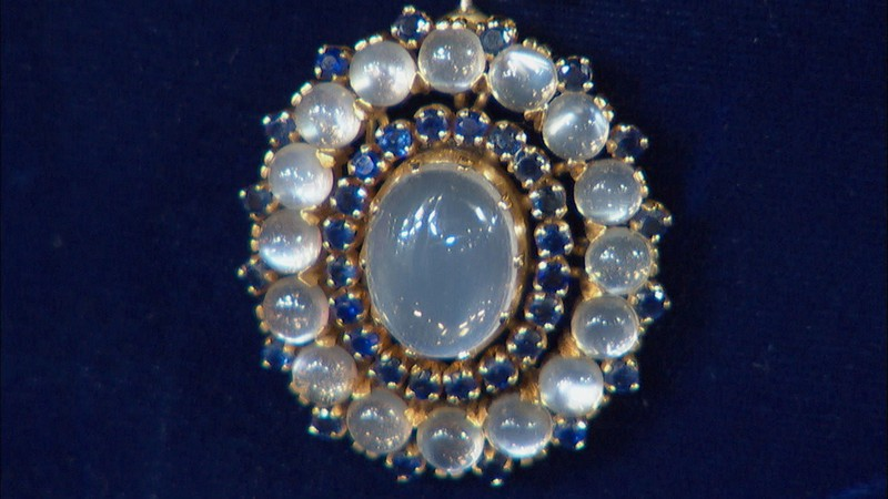 Tiffany convertible necklace ca 1940 antiques roadshow for Jewelry appraisal omaha ne