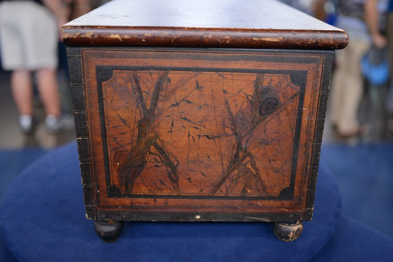 1837 New York Grain-painted Pine Lock Box - Appraisals Antiques Roadshow PBS
