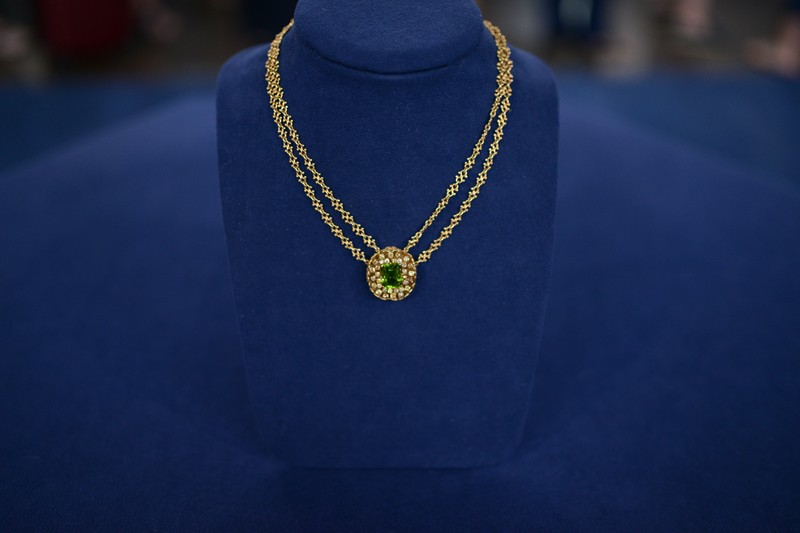 Tiffany Amp Co Peridot Amp Diamond Necklace Ca 1910