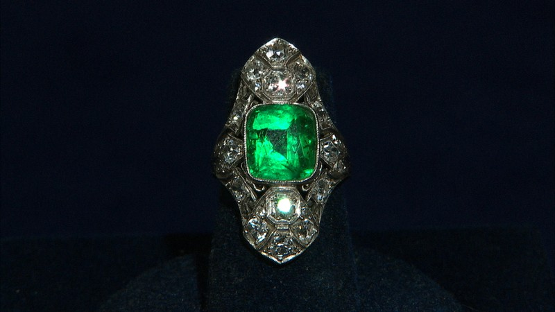 Art Deco Emerald Amp Diamond Ring Antiques Roadshow Pbs