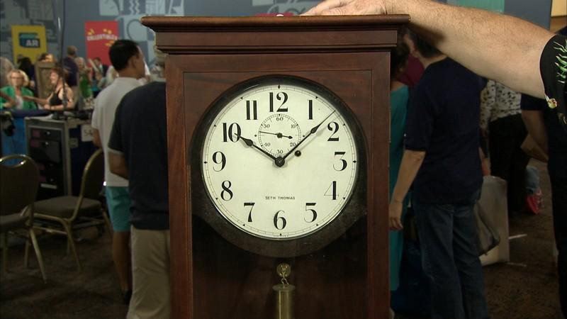 Appraisals antiques roadshow pbs seth thomas clock ca 1925 gumiabroncs Gallery