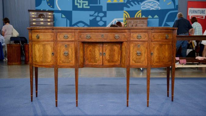 Read Appraisal Transcript - Irwin Federal-Style Pendleton Sideboard, Ca. 1940 Antiques