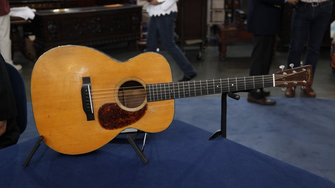 how to get an appraisal on a maton guitar
