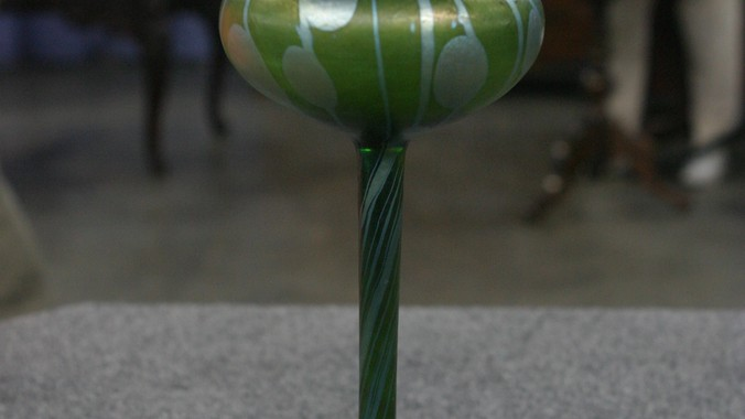 Loetz Flower Form Vase Ca 1905 Antiques Roadshow Pbs
