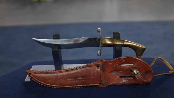 WWII Nichols Fighting Knife with Sheath | Antiques Roadshow | PBS
