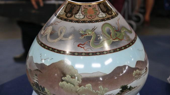 Meiji Period Namikawa School Cloisonn Vase Antiques Roadshow Pbs