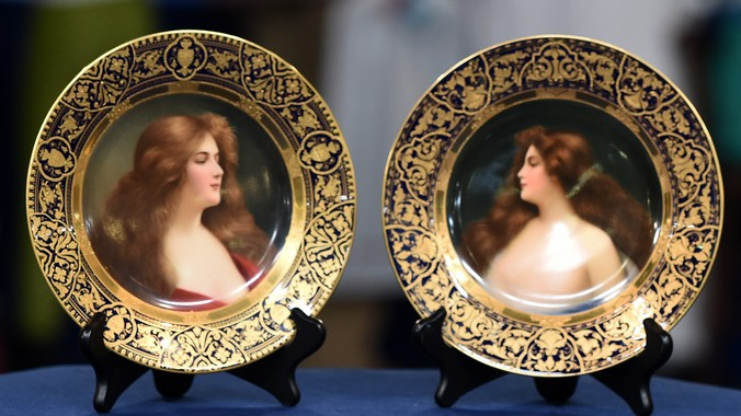 Royal Vienna Style Plates Ca 1905 Antiques Roadshow Pbs