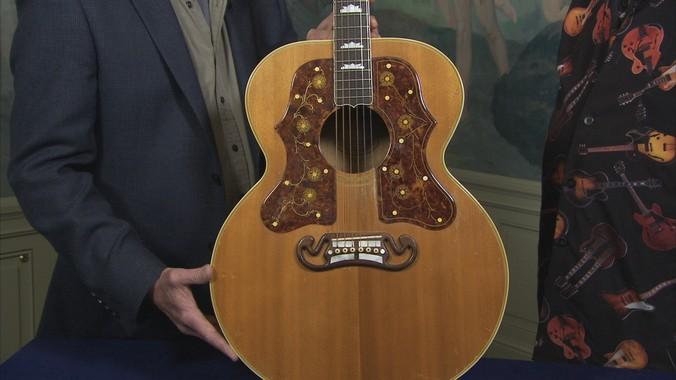 1950 Gibson SJ-200 Guitar | Antiques Roadshow | PBS