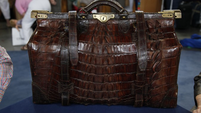 Austrian Crocodile Valise Ca 1900 Antiques Roadshow Pbs