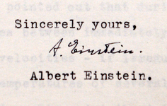 GALLERY | See Albert Einstein's Letters Up Close