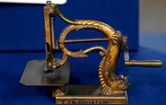 HIGHLIGHT | Sewing Machine Patent Model