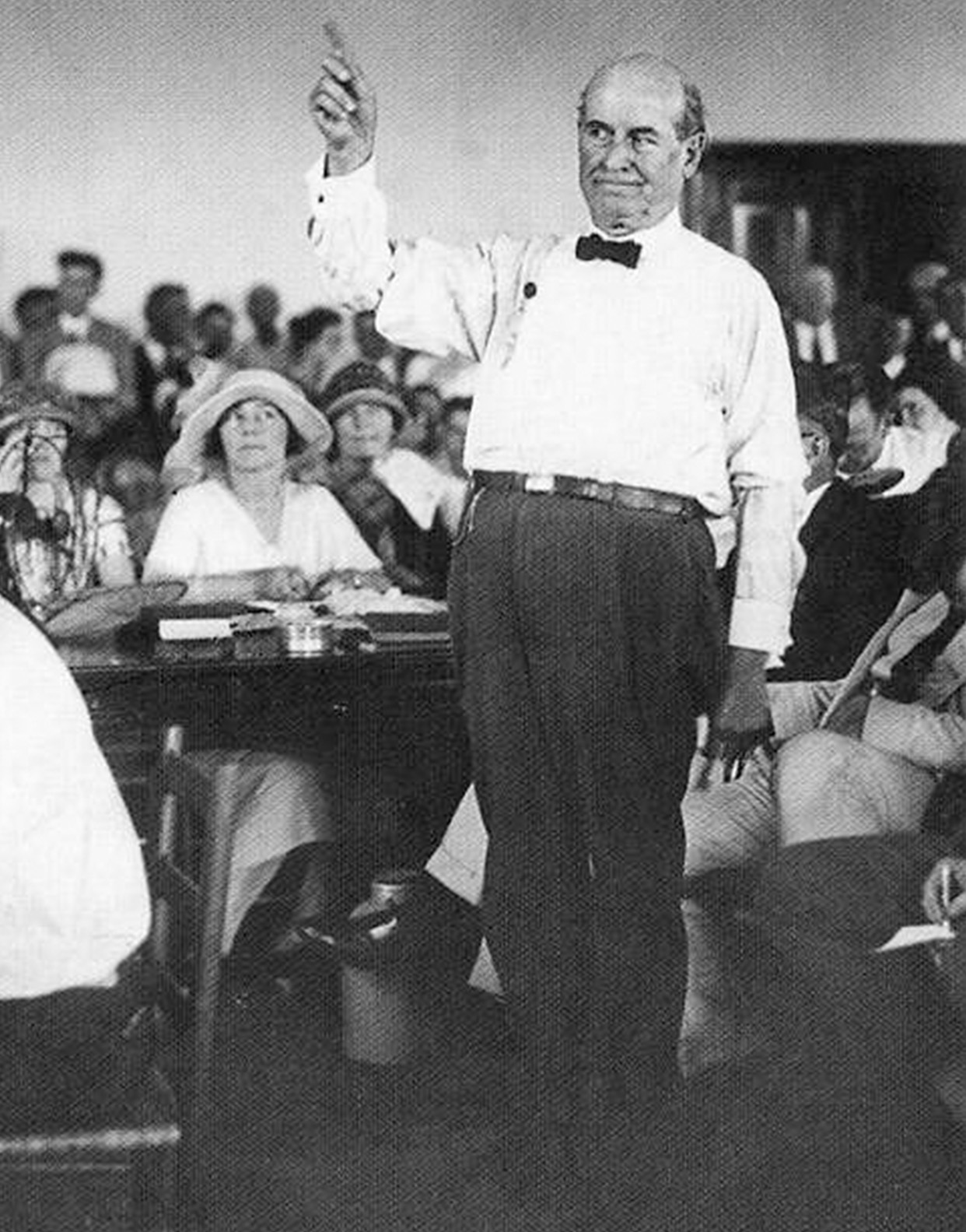 """scopes monkey trial Editor's note: first published in st louis metrovoice 4, no 11 (november 1994) there has never been a stranger trial in the history of american jurisprudence than the famous scopes """"monkey trial"""" that took place in dayton, tennessee in 1925."""