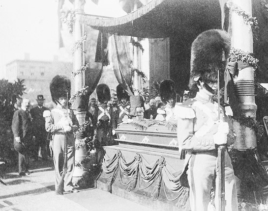 An estimated 250,000 people walked past President Garfield's coffin on display in Cleveland, Ohio before Garfield was buried there on September 26, 1881.
