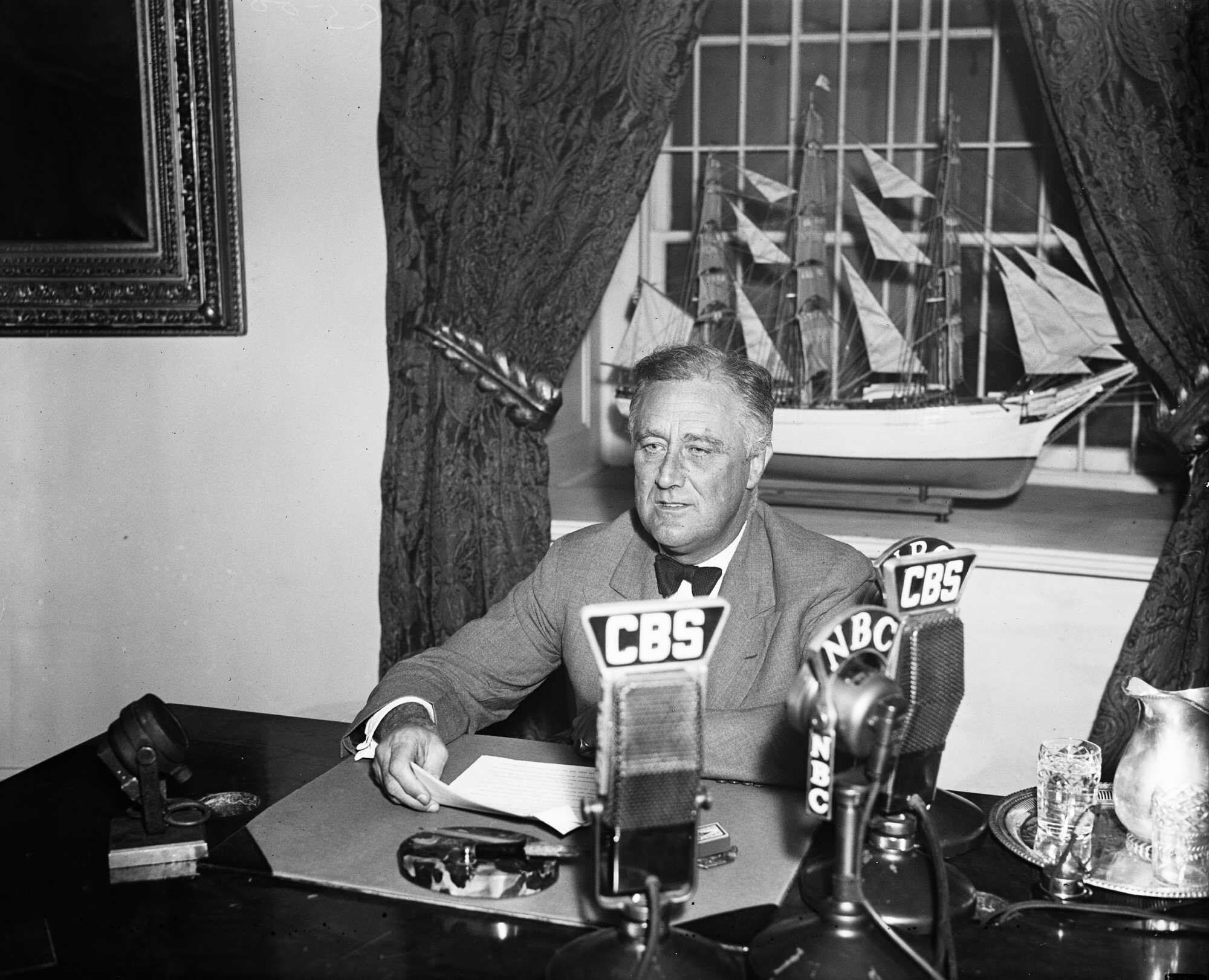 Roosevelt And Depression >> Biography: Franklin Delano Roosevelt | American Experience | Official Site | PBS