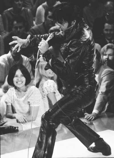 RFK-1968-Dec-Elvis.jpg