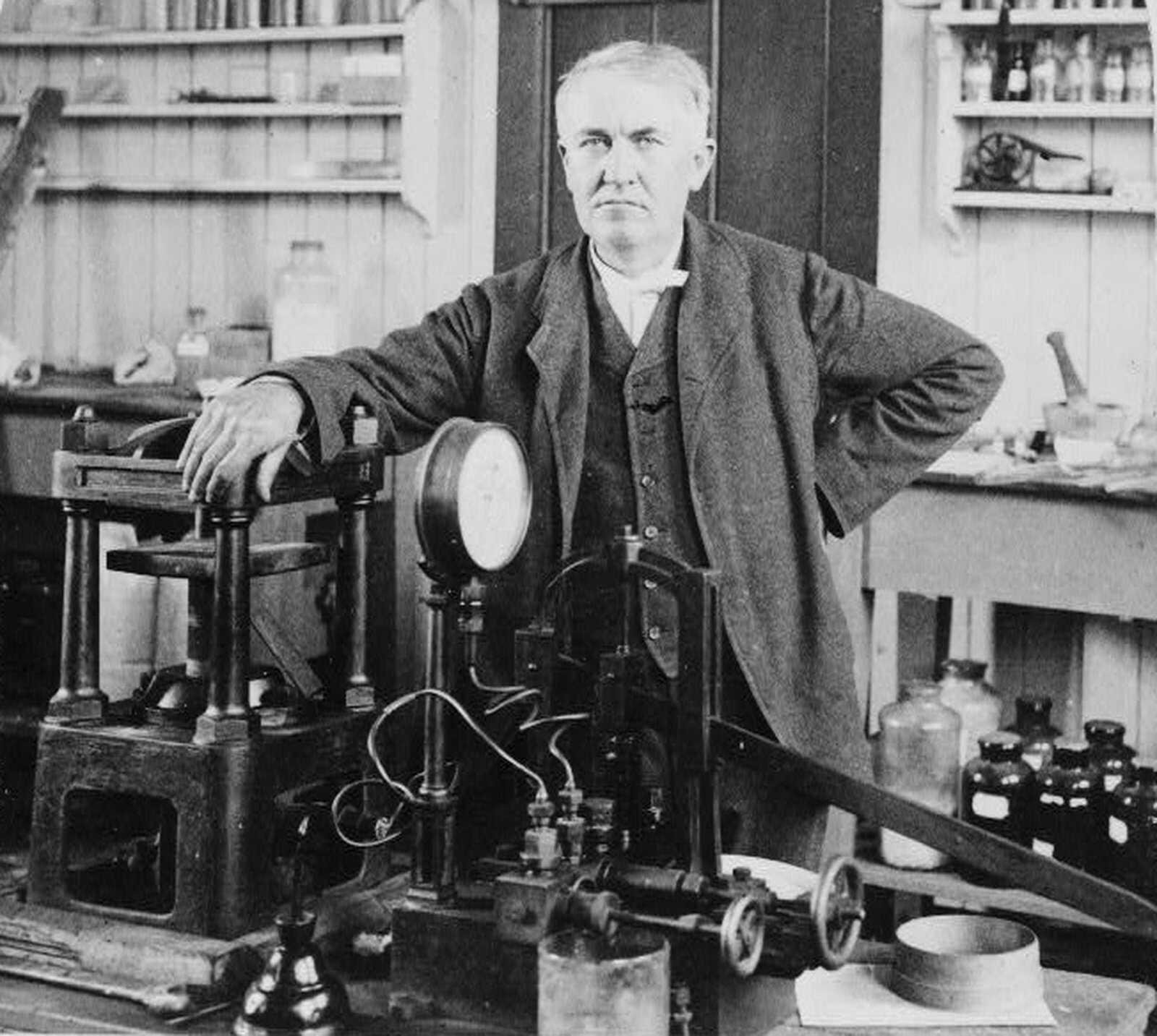 Oakley-Timeline-Edison.jpg