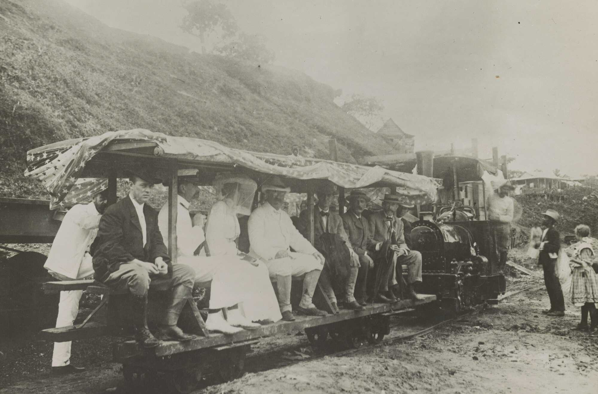 TR-LaFeber-Feature-When-President-Theodore-Roosevelt-visited-Panama-Canal-in-1906-LOC.jpg