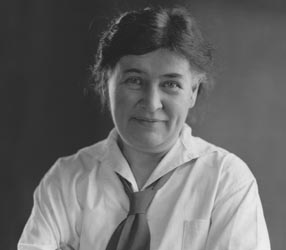 essay on my antonia by willa cather