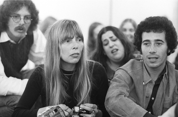 Joni Mitchell, Mama Cass (background), and David Geffen | Photo Credit: Henry Diltz