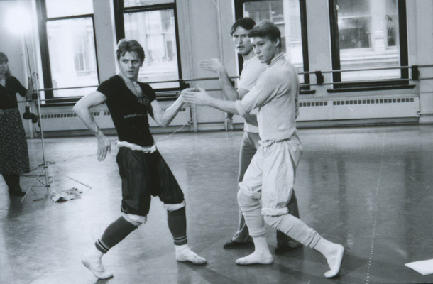 Mikhail Baryshnikov and Robert La Fosse rehearsing with John McFall in his ballet Follow Your Feet. 1983. Photo: MIRA