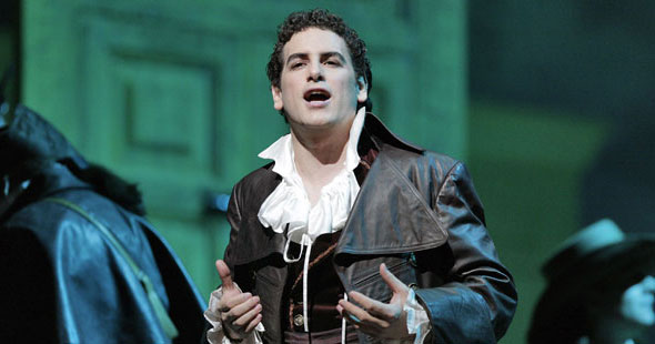 Episodes GP at The Met: The Barber of Seville Interview: Juan Diego