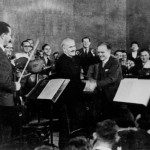 Arturo Toscanini and Bronislaw Huberman at the first Palestine Symphony concert in Tel Aviv in December 1936. Courtesy of the Felicja Blumental Music Center Library/Huberman Archive.