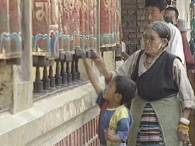 tibetans-exile-post10-kid