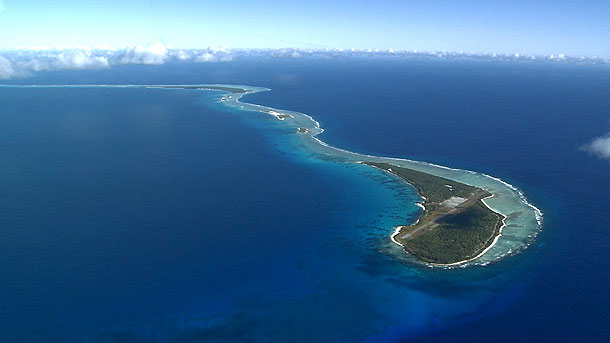 http://www-tc.pbs.org/wnet/secrets/files/2011/05/002-Bikini-Atoll-1.jpg